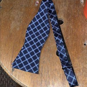Other - Tommy Hilfiger silk tie